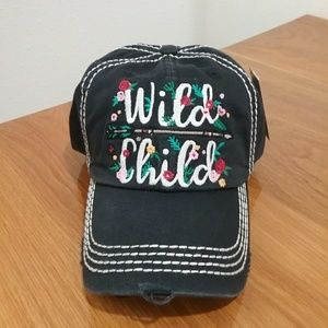 BNWT adorable hat!